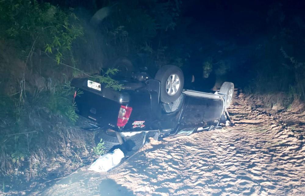 Acidente entre ambulância e caminhonete deixa um morto e quatro feridos em Tupã