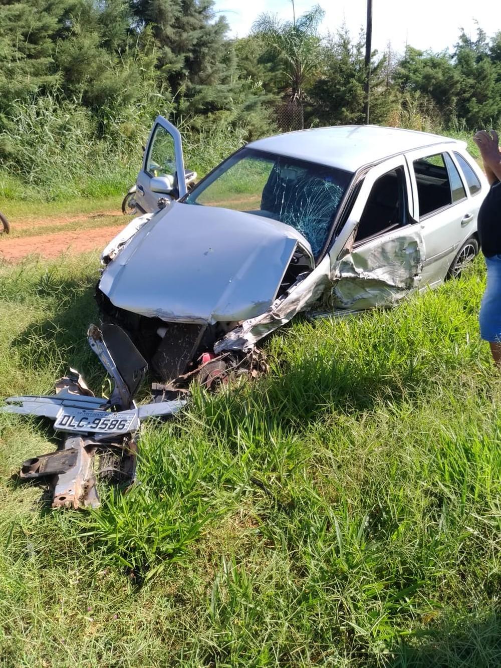 Acidente envolve cinco veículos em rodovia de Bastos