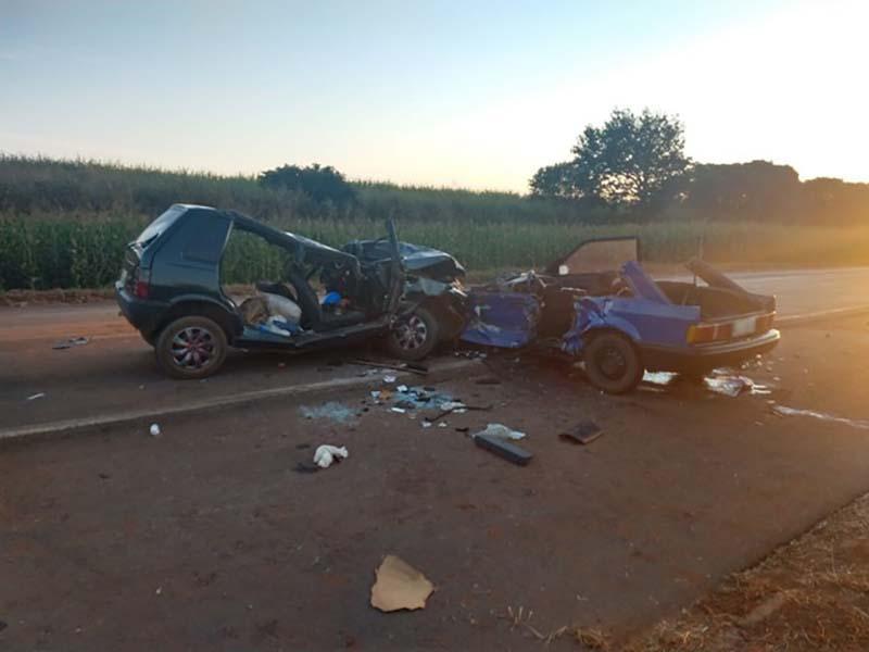 Quatro pessoas morrem em acidentes entre dois carros e um caminhão na Rodovia Jorge Bassil Dower