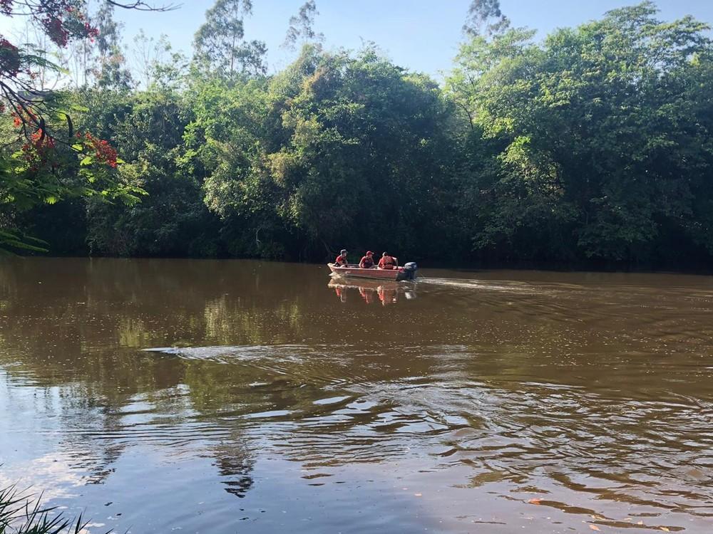 Bombeiros encontram corpo de jovem que desapareceu no Rio Pardo