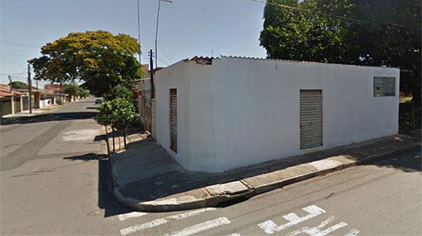 Dois homens morrem e um fica ferido após serem baleados em bar na vila Ribeiro em Assis